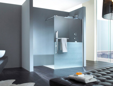barrierefreie-Dusche-Hueppe-Walk-in