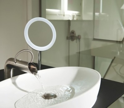 Design Armatur JEE-O pure basin wall 1